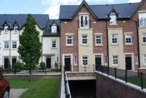 2 bed Mews to rent in Edge View Crescent
