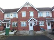 Town House to rent in Dorchester Park, Prenton...