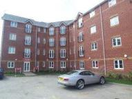 Flat to rent in Waterside Gardens ...