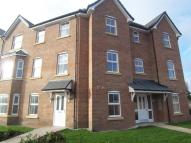 2 bed Flat in 42, Sunningdale Court...