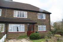 Ground Maisonette in Crewes Close, Warlingham...