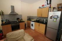 Flat to rent in Bedminster (BS3)...