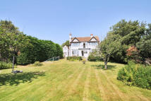 4 bedroom Detached home to rent in Park Lane, Milford On Sea