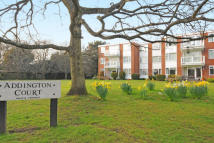 Flat to rent in Addington Court...