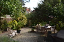 3 bed property to rent in Twynham Place, Lymington