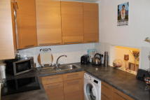 2 bedroom Apartment to rent in The Square, Botley...