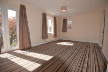 Flat to rent in West Way, Oxford...