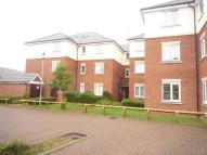 Flat to rent in Parkhouse Grove...