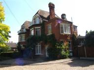 Flat to rent in The Avenue, Datchet...