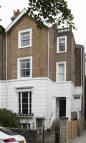 Flat to rent in Trinity Place, Windsor