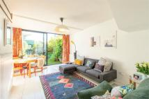 Terraced house to rent in Ambergate Street...