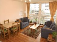 Apartment to rent in Rolls Road, Bermondsey...