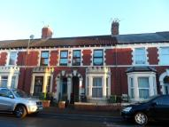 Flat to rent in Coedcae Street...
