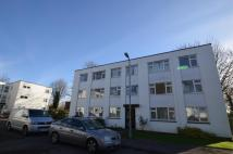 2 bedroom Flat in Llanishen Court...