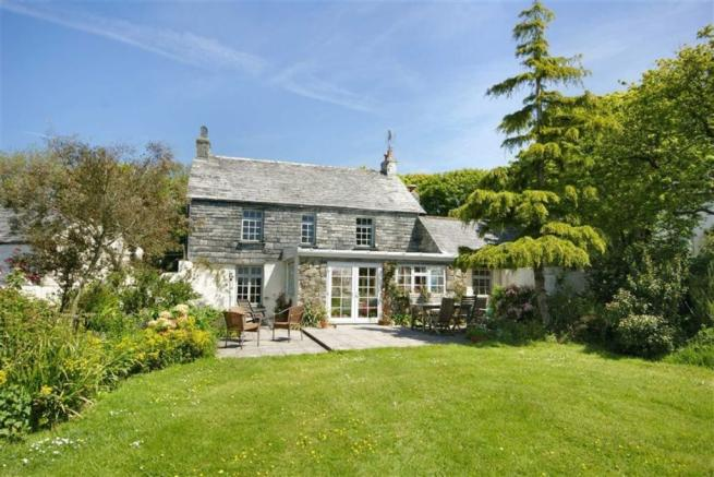 4 Bedroom Detached House For Sale In Helstone Camelford Cornwall