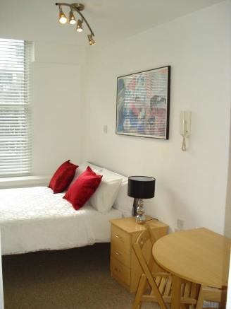 Room 18 Front