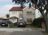 3 bed semi detached house in Tidford Road, Welling...