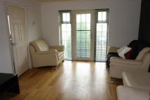 2 bed Apartment in Crofton Way...