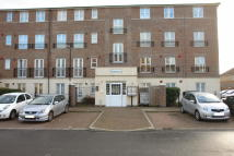 2 bedroom Apartment in Gareth Drive, London, N9