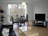 Flat in Hadley Road, New Barnet...