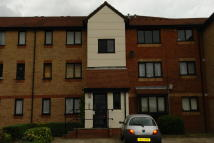 1 bed Flat in Magpie Close, Enfield...
