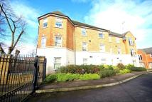 Apartment to rent in Enders Close, Enfield...