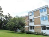 2 bedroom Flat to rent in Mark House...