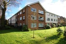 2 bedroom Flat in Eversfield Road, Kew, TW9