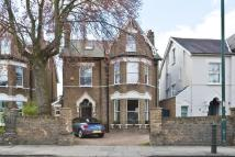 5 bed house in Mortlake Road, Kew, TW9