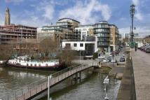3 bedroom Apartment for sale in 8 Kew Bridge Road...