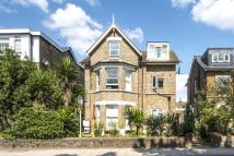 Flat for sale in Mortlake Road, Kew, TW9