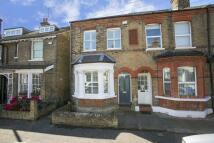 2 bedroom house in Windsor Road, Kew, TW9