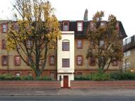 Flat to rent in Manor Road, West Ham...