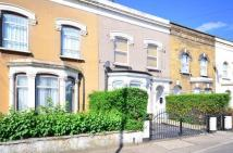4 bed Detached house in Dames Road, LONDON