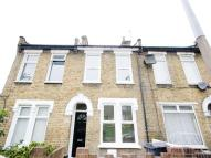 End of Terrace home to rent in Coopers Lane, LONDON