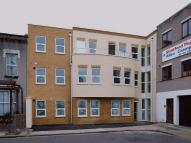 Apartment to rent in Maitland Road, Stratford...