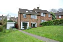 property to rent in Fernlands Close, Chertsey, Surrey