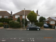 semi detached home to rent in Offington, Worthng