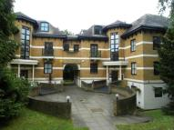 4 bed Flat to rent in Highlawn Hall...