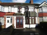 4 bed property to rent in Burns Road, Alperton HA0