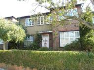 2 bedroom Flat to rent in Ashbourne Avenue...
