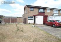 3 bed semi detached property in Rainham, Essex