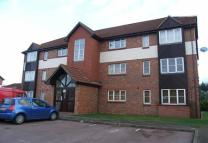 2 bed Flat to rent in Chafford Hundred, Essex