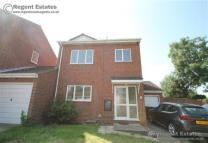 Link Detached House to rent in Dell Road, Grays, Essex