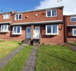 2 bed End of Terrace property in Fairmead Close...