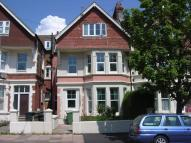 2 bed Flat in Wickham Avenue...