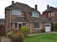 3 bed Detached property to rent in 3 Denbigh Close...