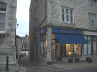 Ground Flat to rent in HIGH STREET, Swanage...
