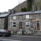 9 High Street End of Terrace house for sale