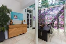 4 bedroom End of Terrace home to rent in Viceroy Road, SW8